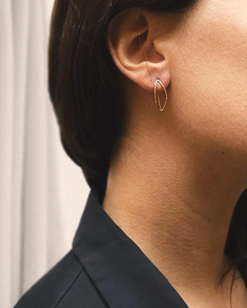 Together-mini-earrings-gold-01