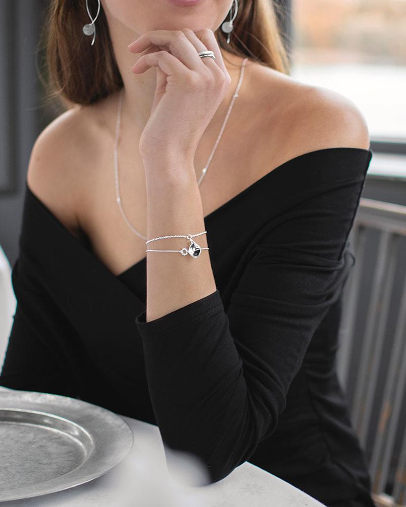 Gaias-Grace-single-bracelet-02