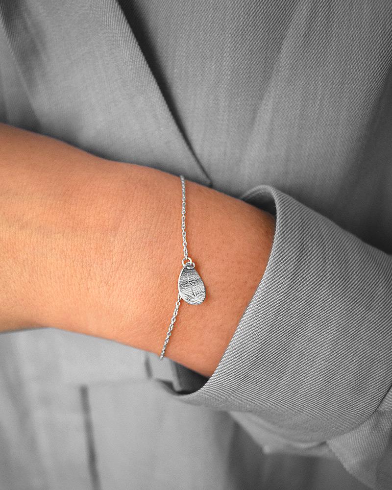 Leaf-drop-bracelet-1
