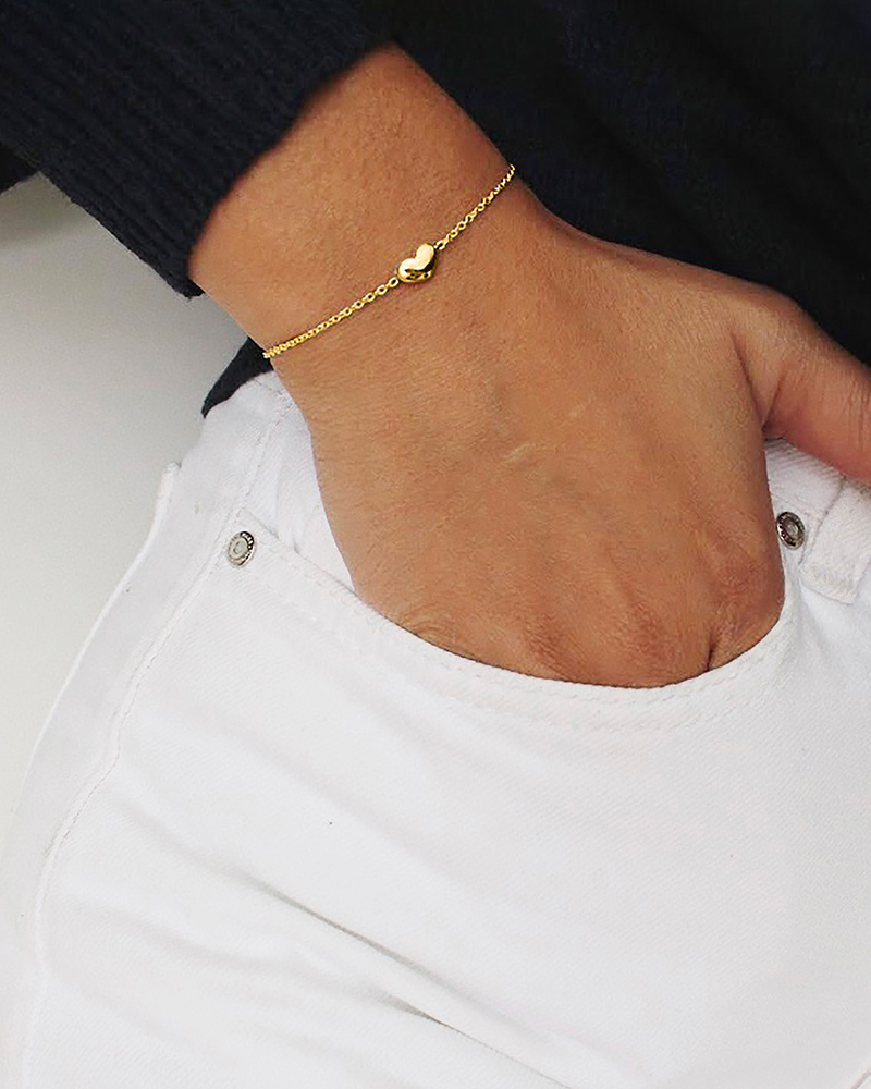 Loving-Heart-medium-single-bracelet-gold-1