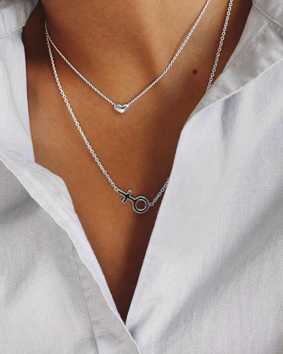 Loving-heart-medium-single-necklace-01