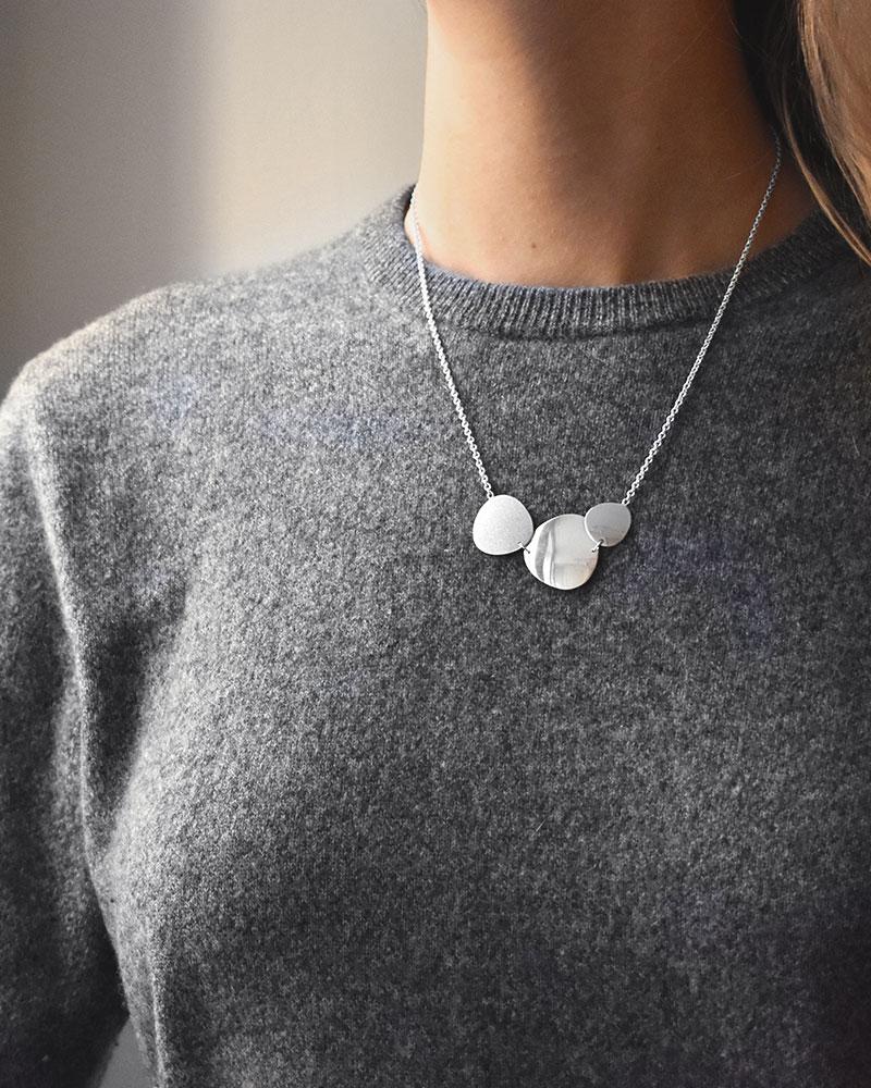 Moon-garden-single-necklace-1