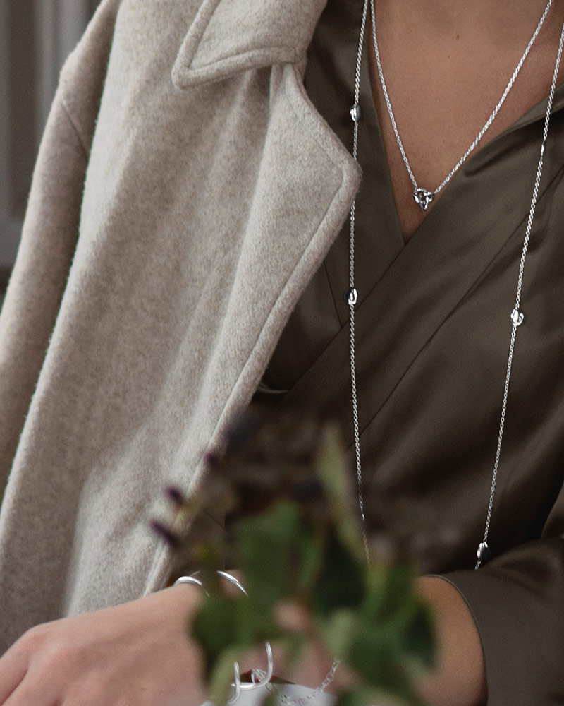 Morning-Dew-necklace-long-02