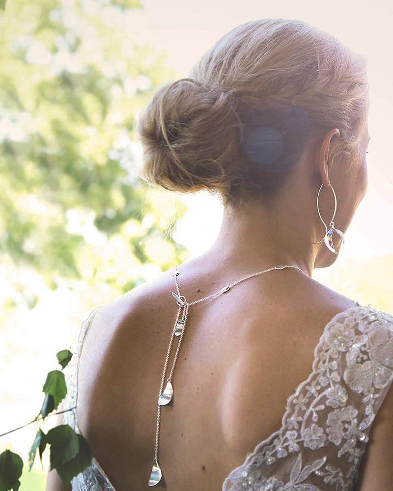 Morning-Dew-wedding-necklace-02