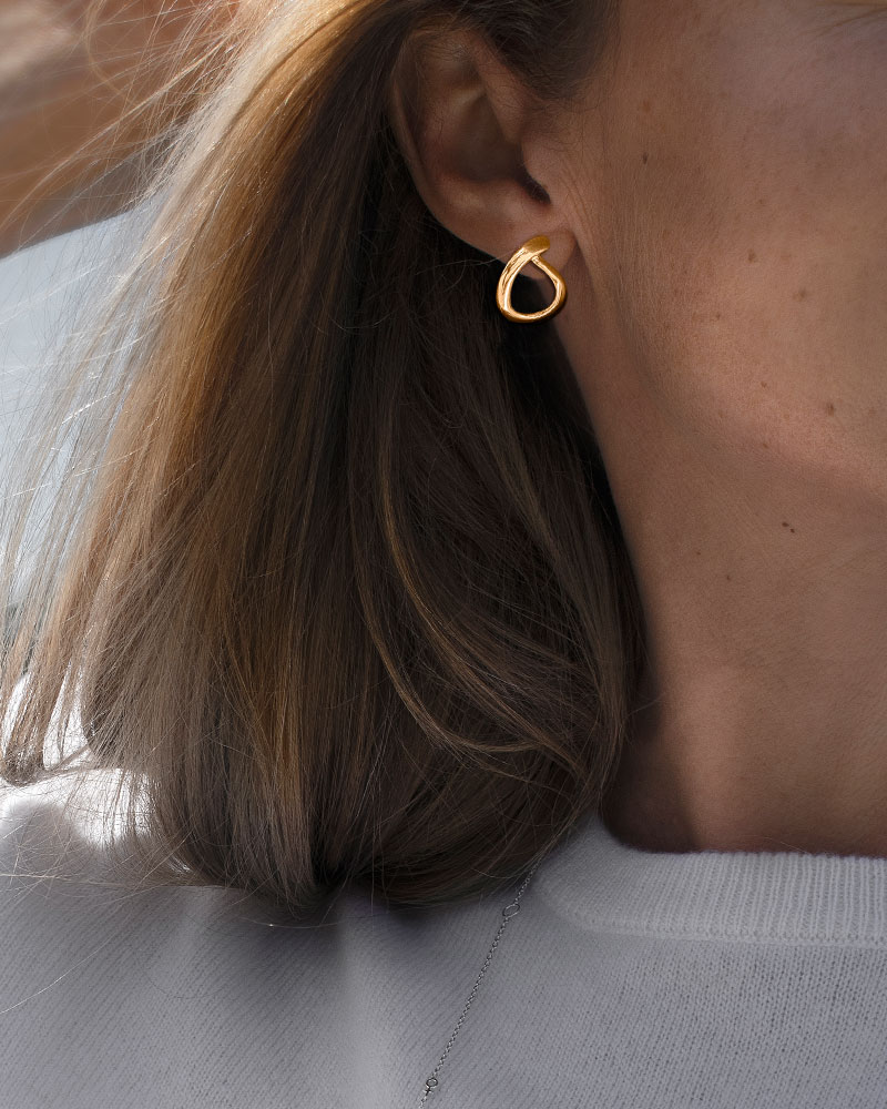 Ocean-small-studs-gold-1