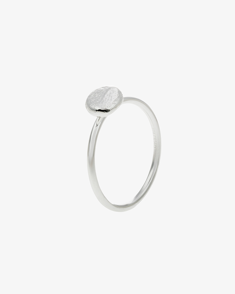 Pebbles-ring