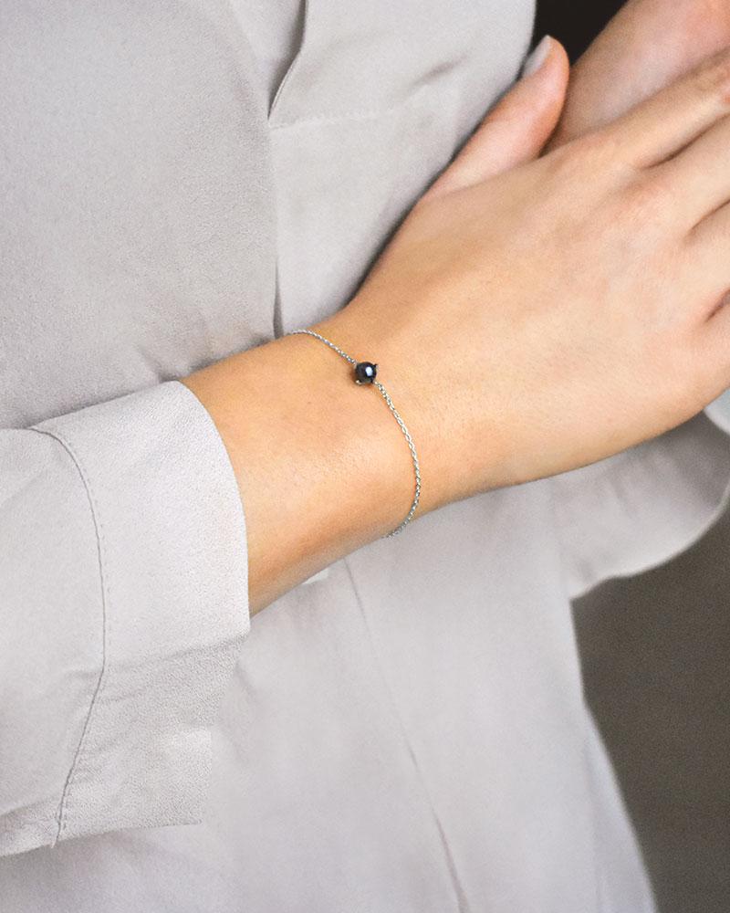 Petite-Pearl-midnight-bracelet-1