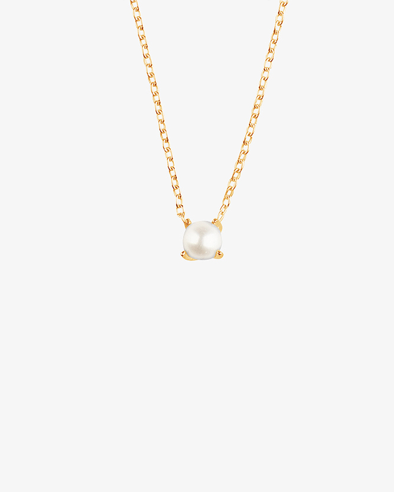 Petite-Pearl-necklace-gold