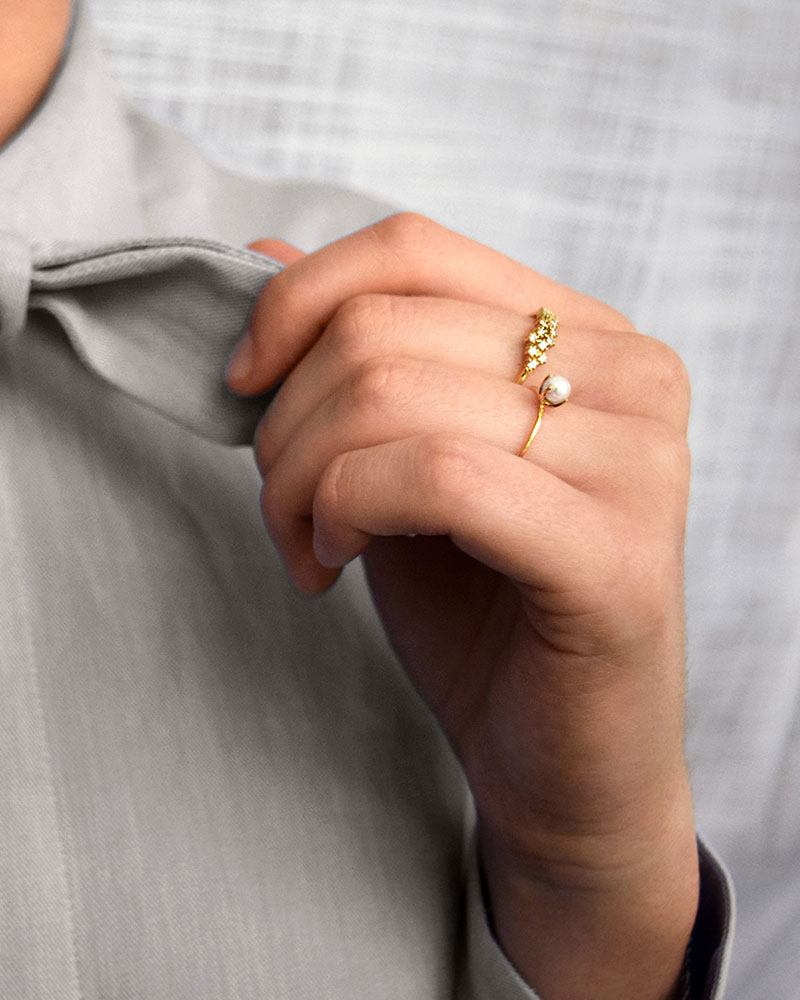 Petite-Pearl-ring-gold-1