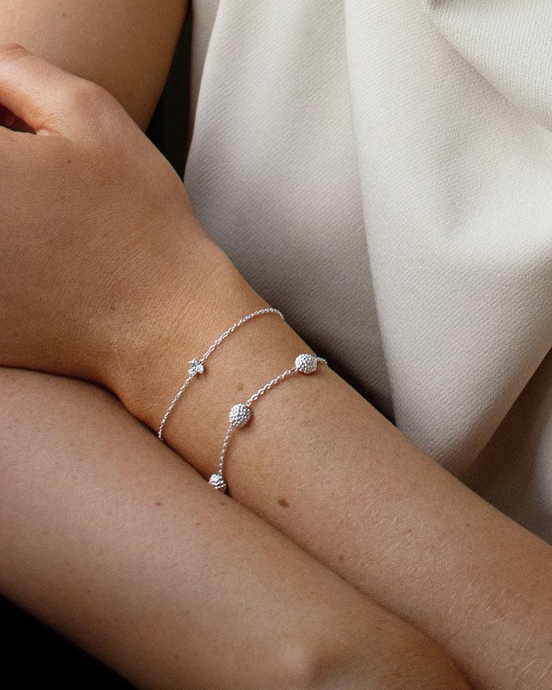 Stardust-drop-full-bracelet-01