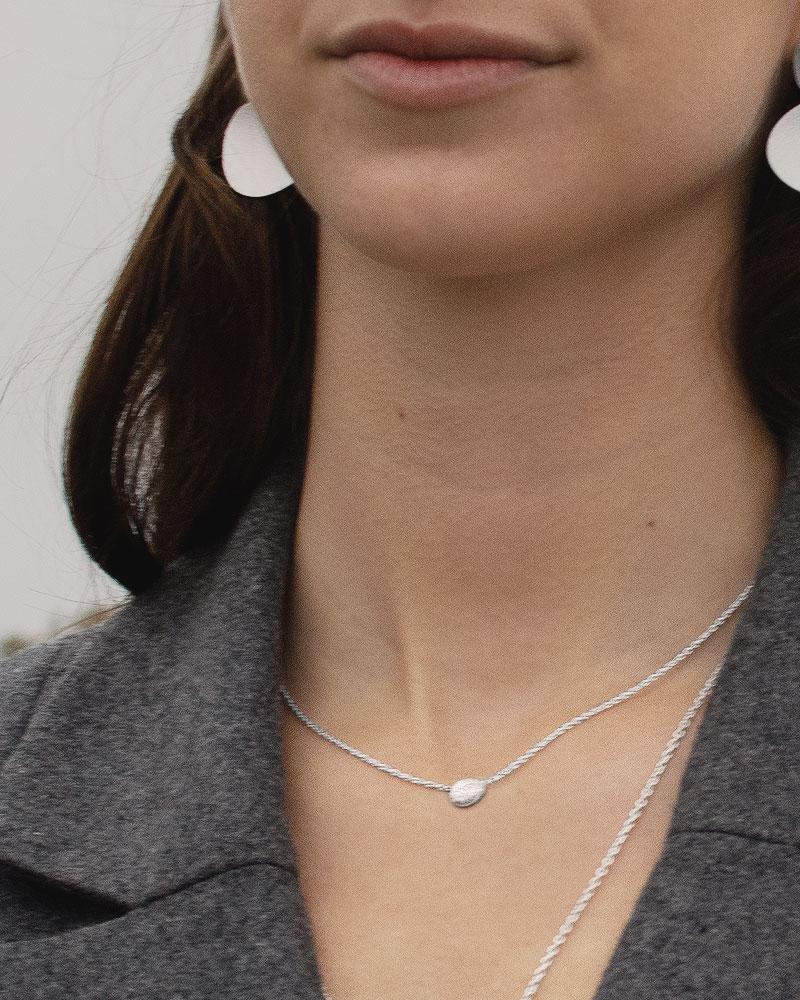 Stardust-shine-drop-necklace-02