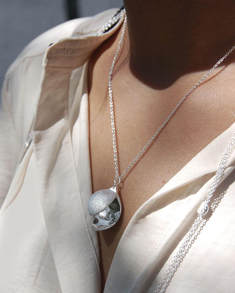 blossom-necklace-short-3
