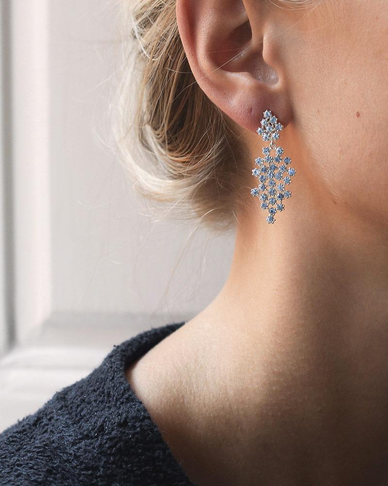 frost-earrings-blue-topaz-01