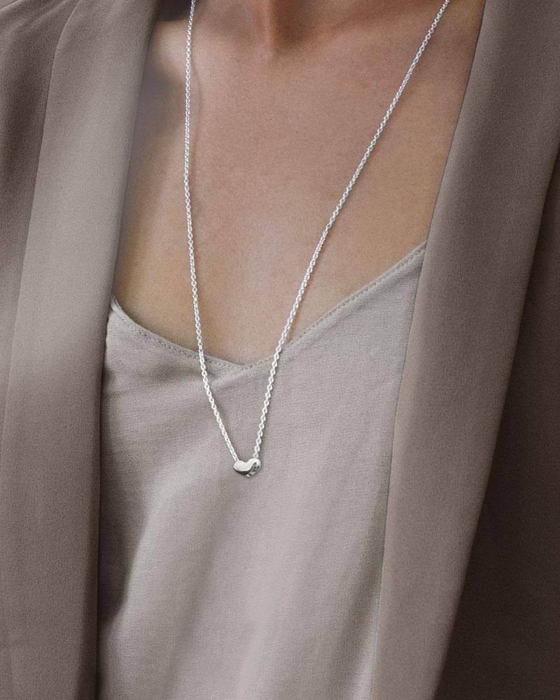 loving-heart-medium-single-necklace-long-1