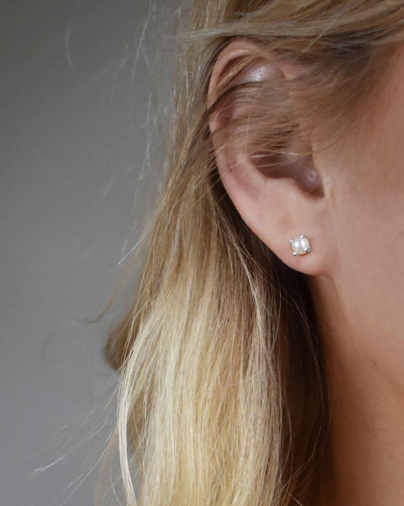 petite-pearl-studs-02