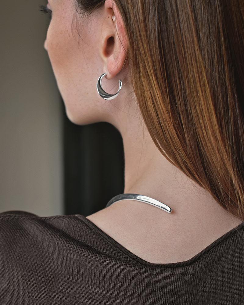 Orbit-collar-necklace-03