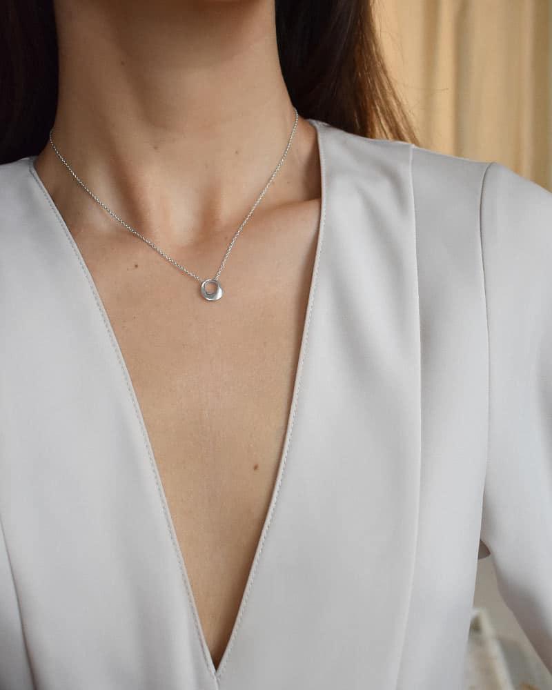 Orbit-drop-necklace-03