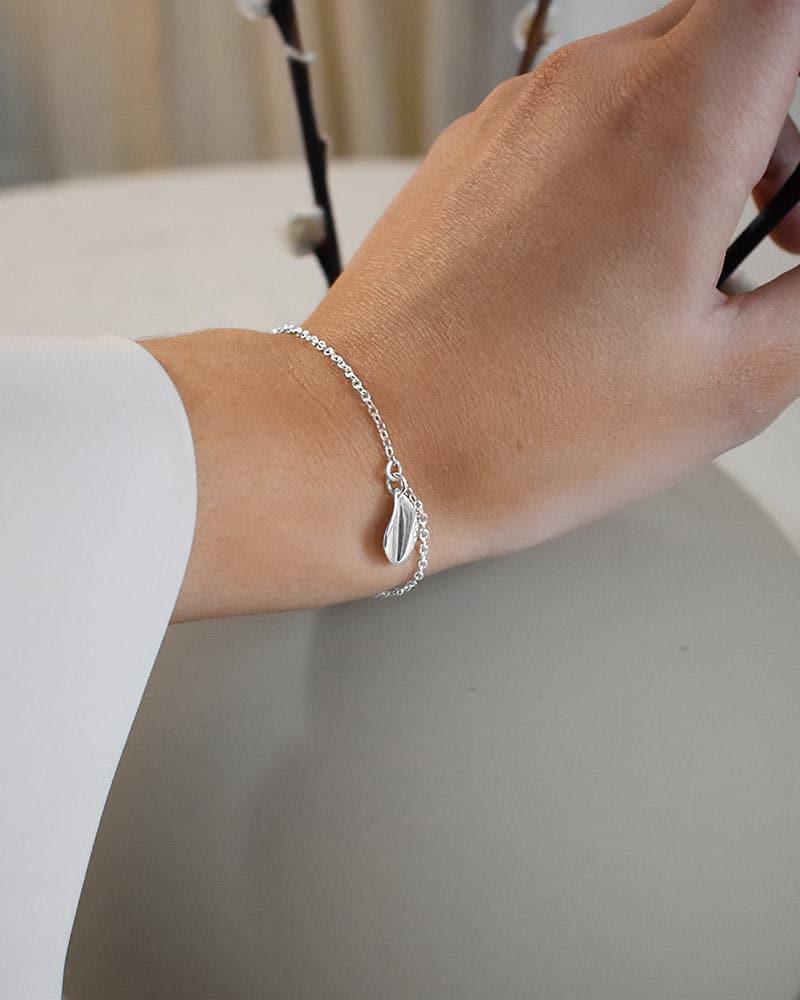 a-forest-drop-bracelet-01