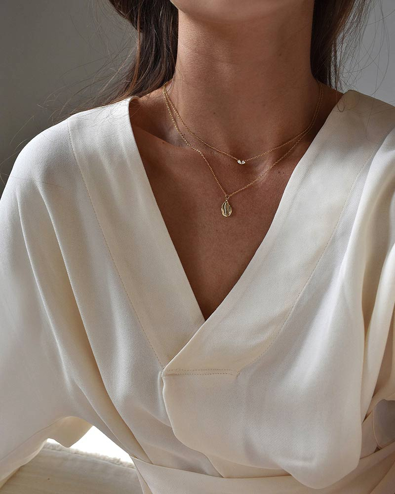 a-forest-drop-necklace-gold--