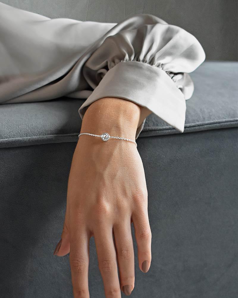 unity-drop-bracelet-02